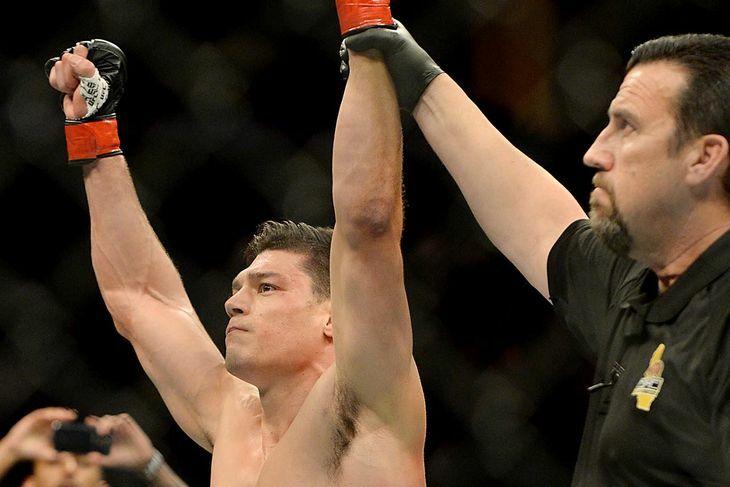 Alan Jouban vs. Richard Walsh UFC 184 highlights