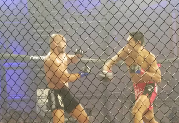 Sometimes a fight is so close that there are literally no losers. Sometimes it's so close there aren't winners, either. Yosdenis Cedeno vs. Jason Novelli is such a fight.