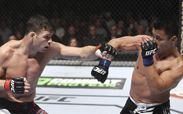 UFC Free Fight: Michael Bisping vs Cung Le