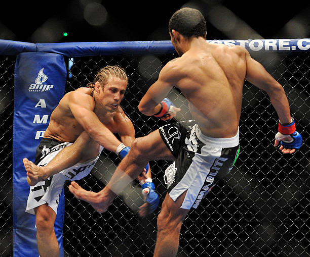 myth of Jose Aldo's leg kicks
