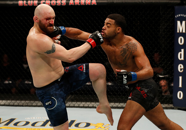 Ufc betting odds 14626 betting limits 5dimes mobile