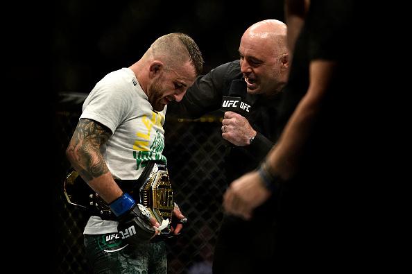Alexander Volkanovski interviews Joe Rogan after being named the new UFC Featherweight champion.