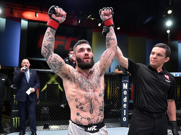 UFC 256