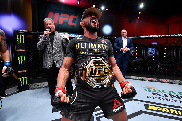 Deiveson Figueiredo victorious at UFC Apex