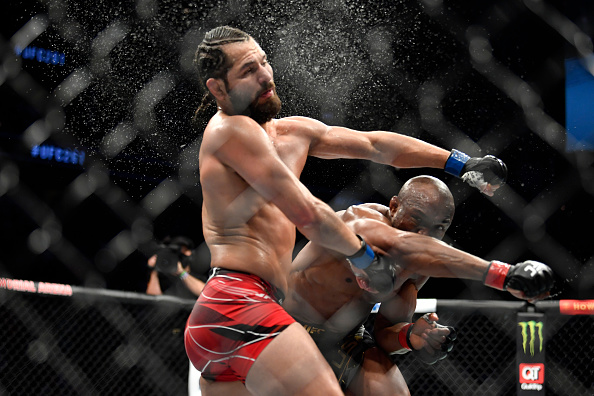 Kamaru Usman knocks out Jorge Masvidal